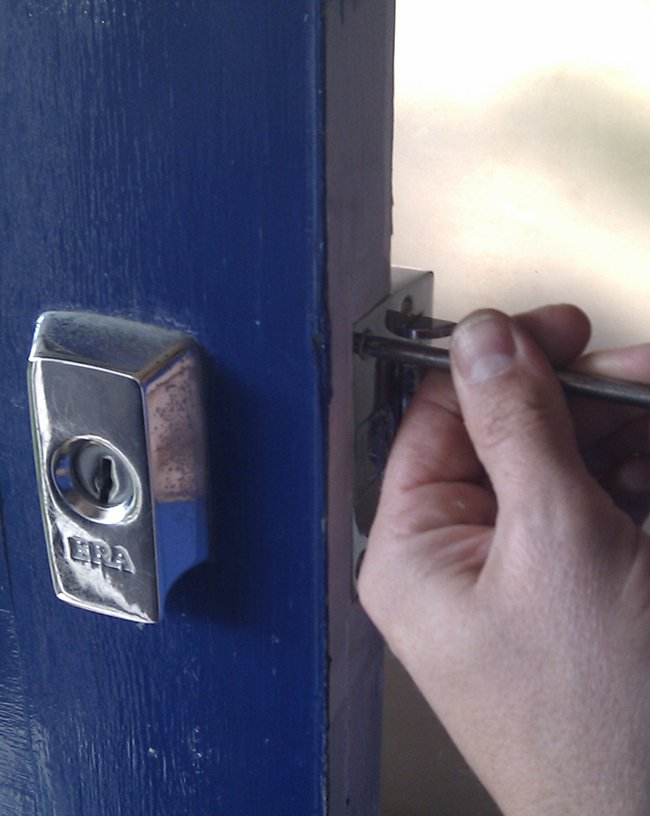 Mountain First Avenue AZ Locksmith Tucson, AZ 520-399-8022